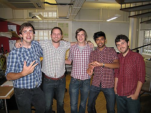 Creatives_in_check_shirts