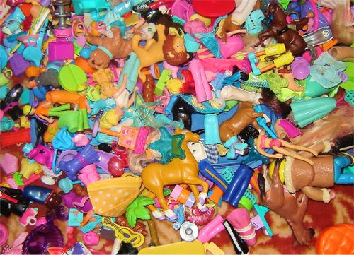 Plastic toys photo by Prisoner 5413 on Flickr